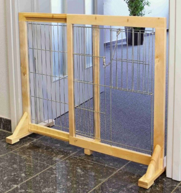 Trixie Dog Barrier Gate with Door
